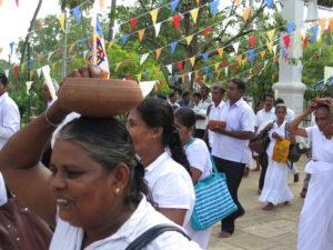Procession i Anuradhapura i Sri Lanka