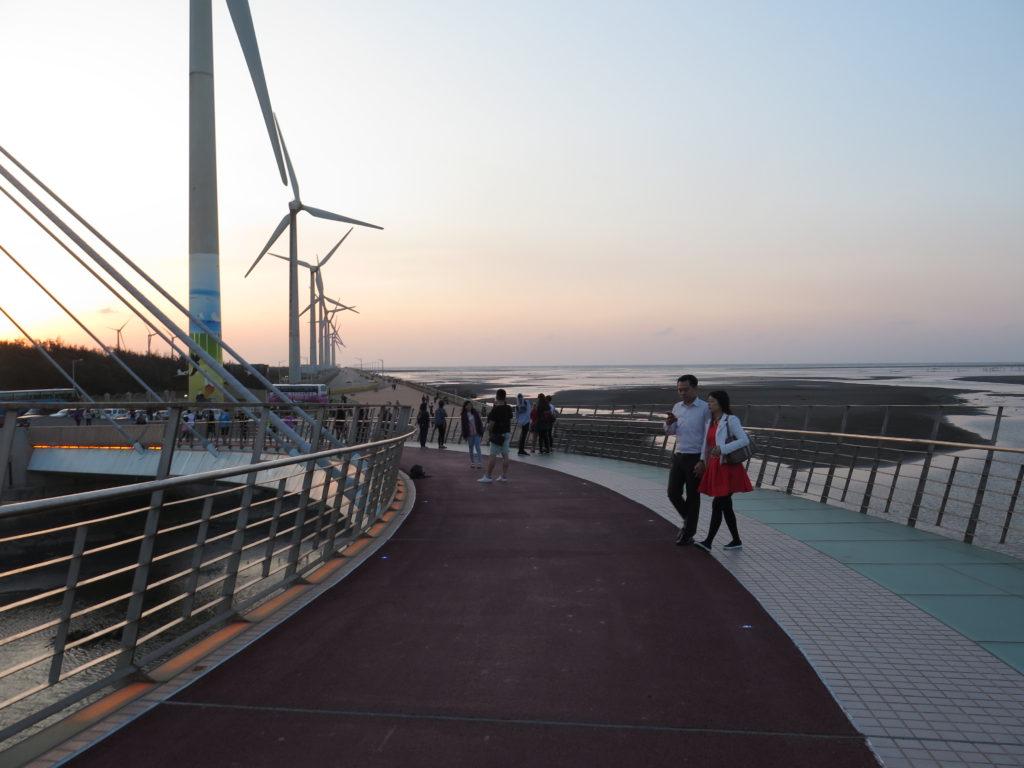 Flotte broer og cykel- og gangstier i Gaomei Wetlands. Yingge og Longteng samt Gaomei Wetlands