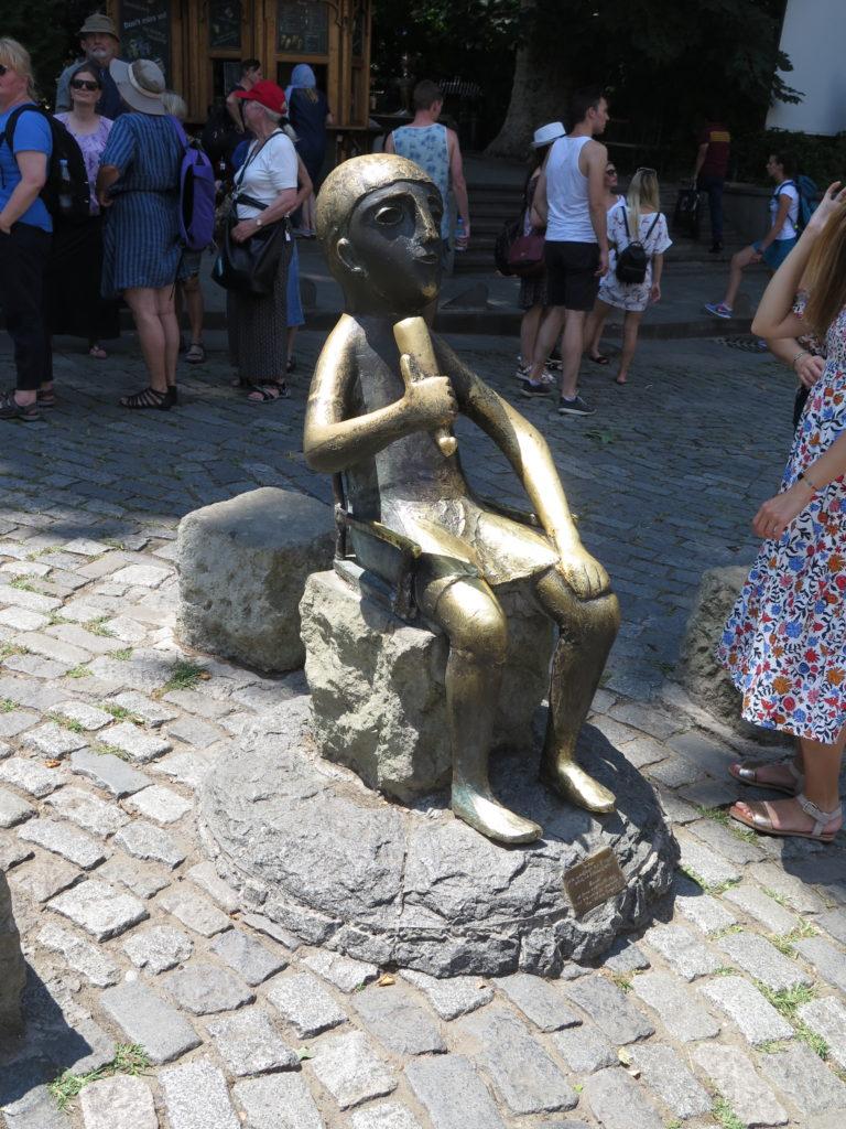 Tamada-skulpturen i Tbilisi