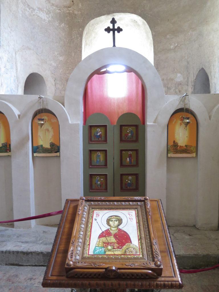 Fra basilikaen i Uplistsikhe