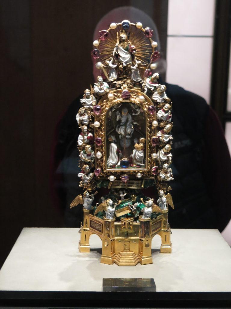 Relikvie med en torn fra kronen, som blev båret af Jesus Kristus ved sin korsfæstelse