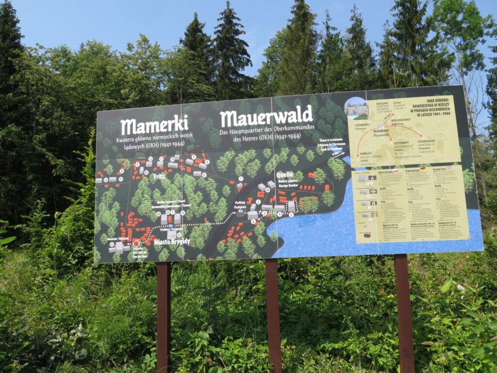 Mauerwald/Mamerki ligger i det østlige Polen. Se Mauerwald og Enigma-kodemaskinen