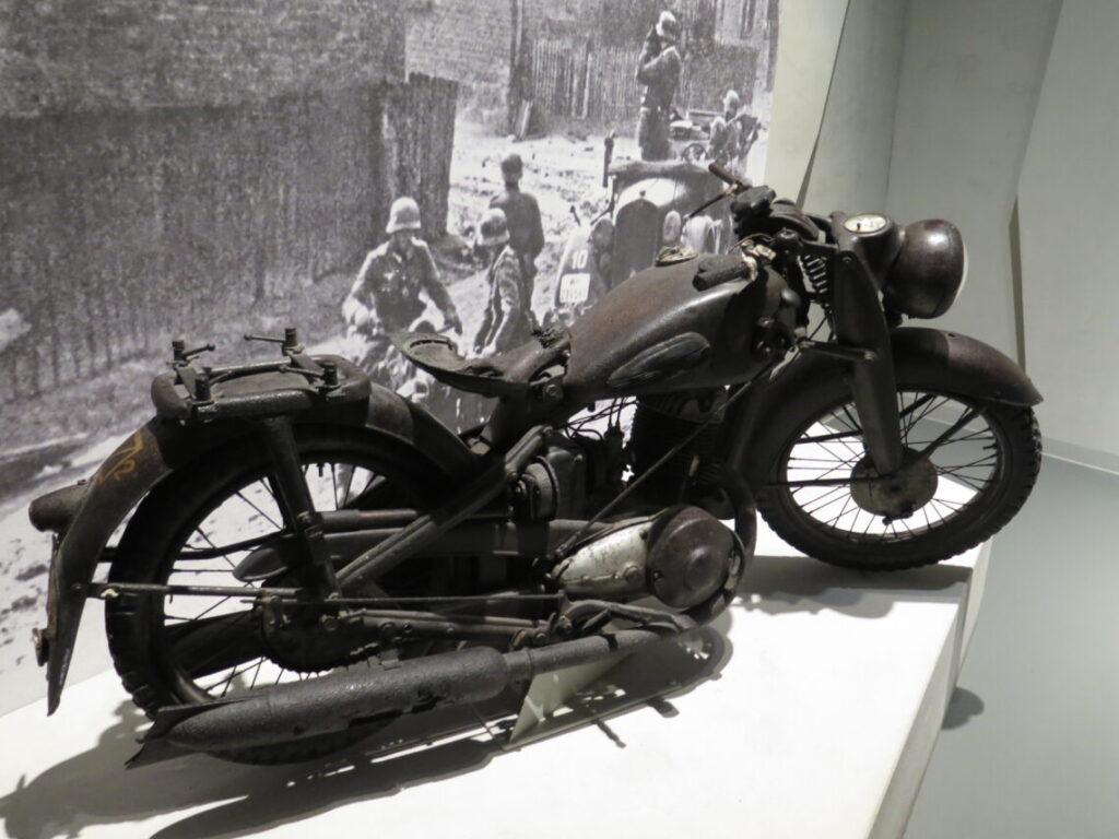 Tysk motorcykel efterladt i 1939