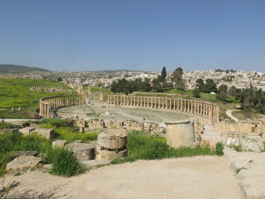 Den Ovale Plads i Jerash