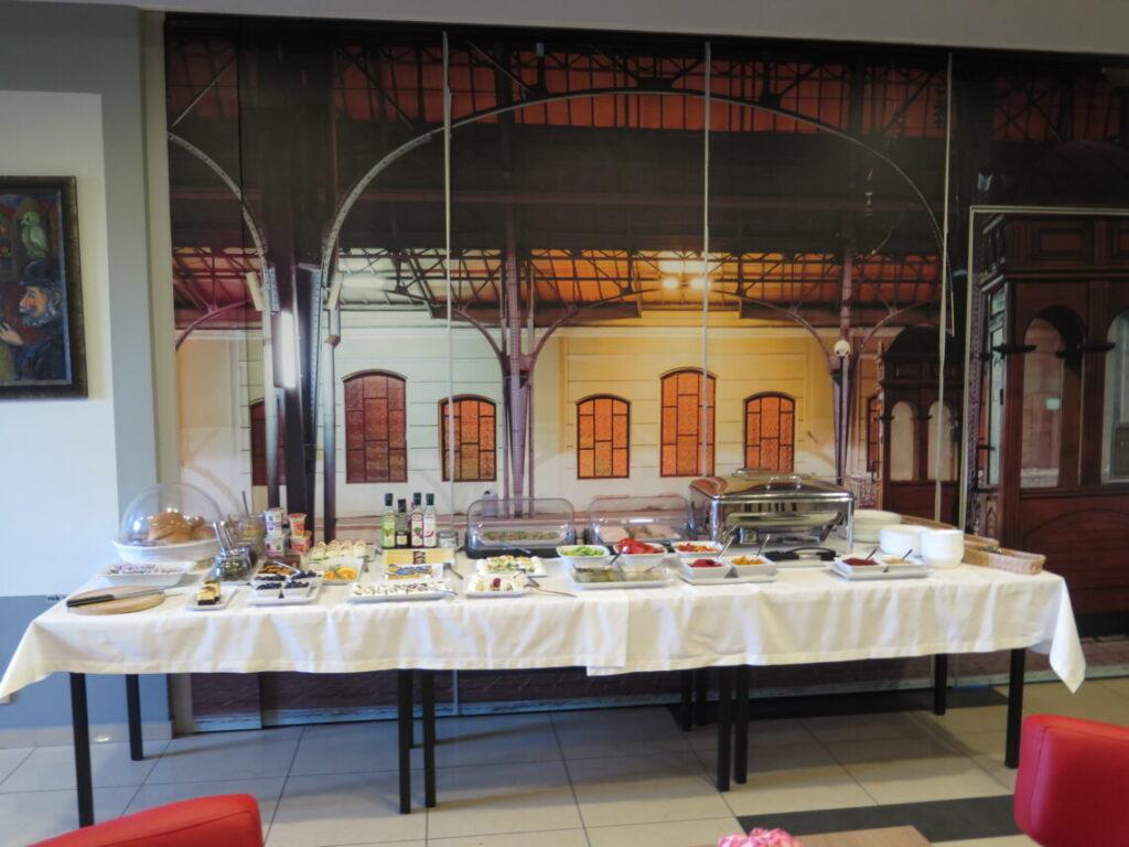 Morgenbuffeten i spisesalen