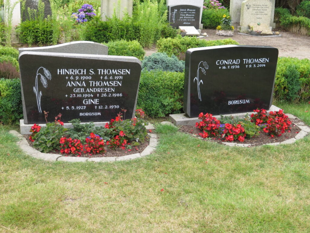 Dansk-klingende navne på kirkegården viser dansk historie på Föhr