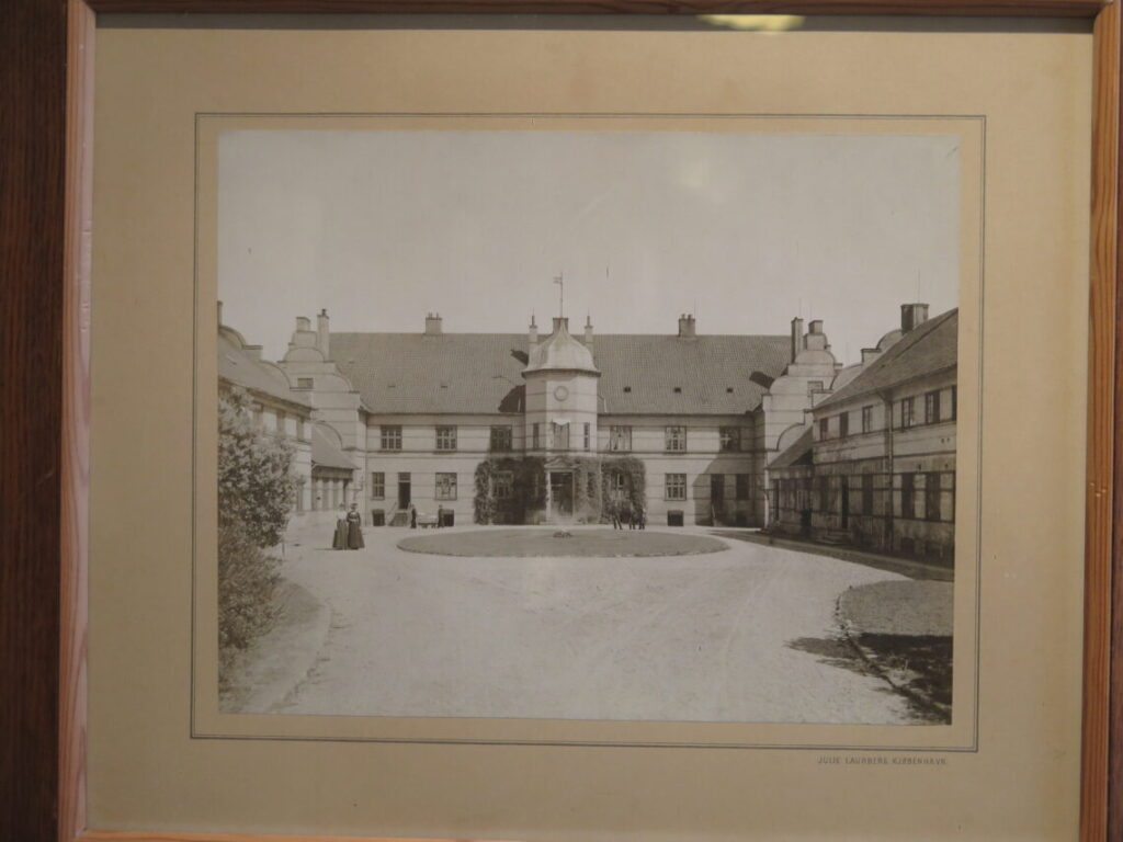 Psykiatrisk Hospital i 1902. Senere kom Museum Ovartaci her