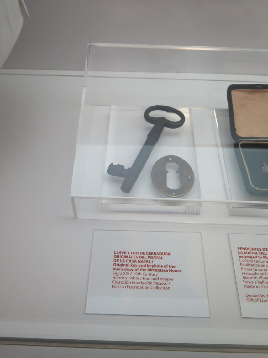the original key and keyhole for the front door of Picassos birthplace.