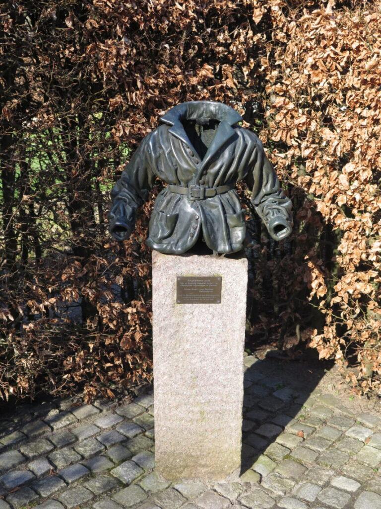 """Ringbærerens jakke"" Jens Galschiøt Christophersen"