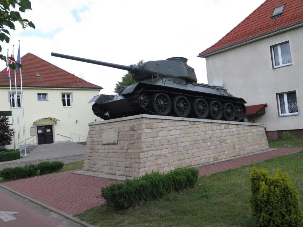 T-34/85 tank med serienummer UBC 3628!