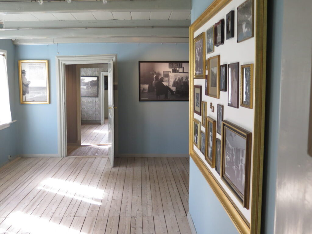 Et kig ind i udstillingslokalet
