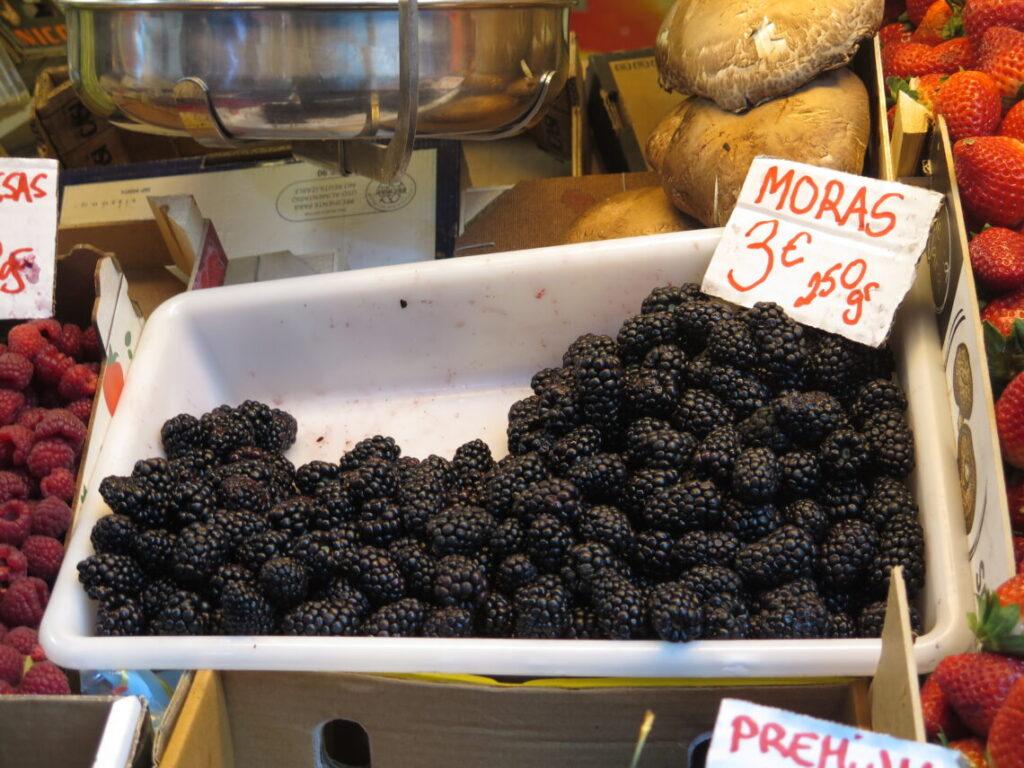 Moras = Brombær