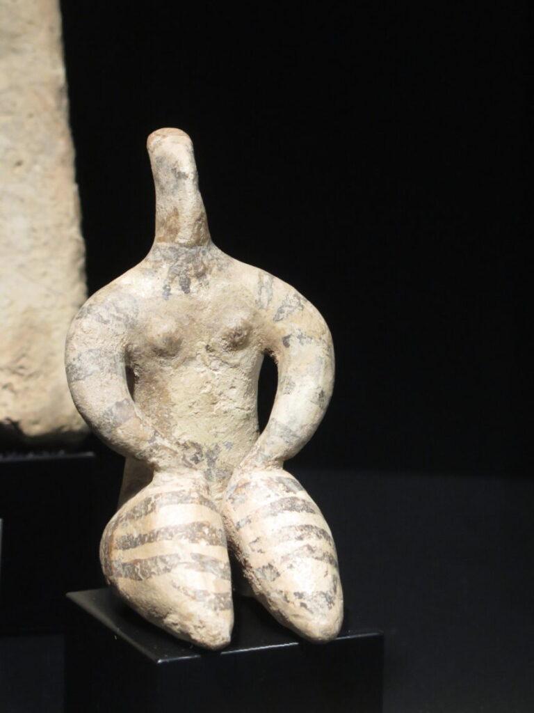Modergudinde fra 6.100 - 5.400 før vores tidsregning på Museet Ifergan Collection