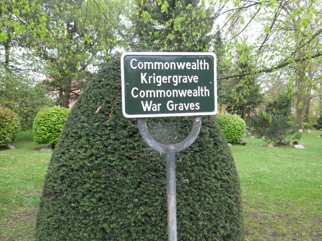 Krigergrave for 11 soldater fra Commonwealth