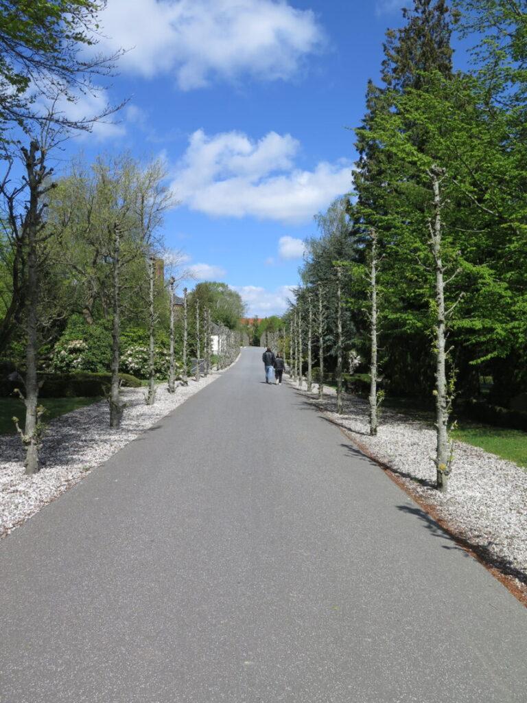 Gåtur på Nordre Kirkegård, der er andet end kendte danskere på Nordre Kirkegård