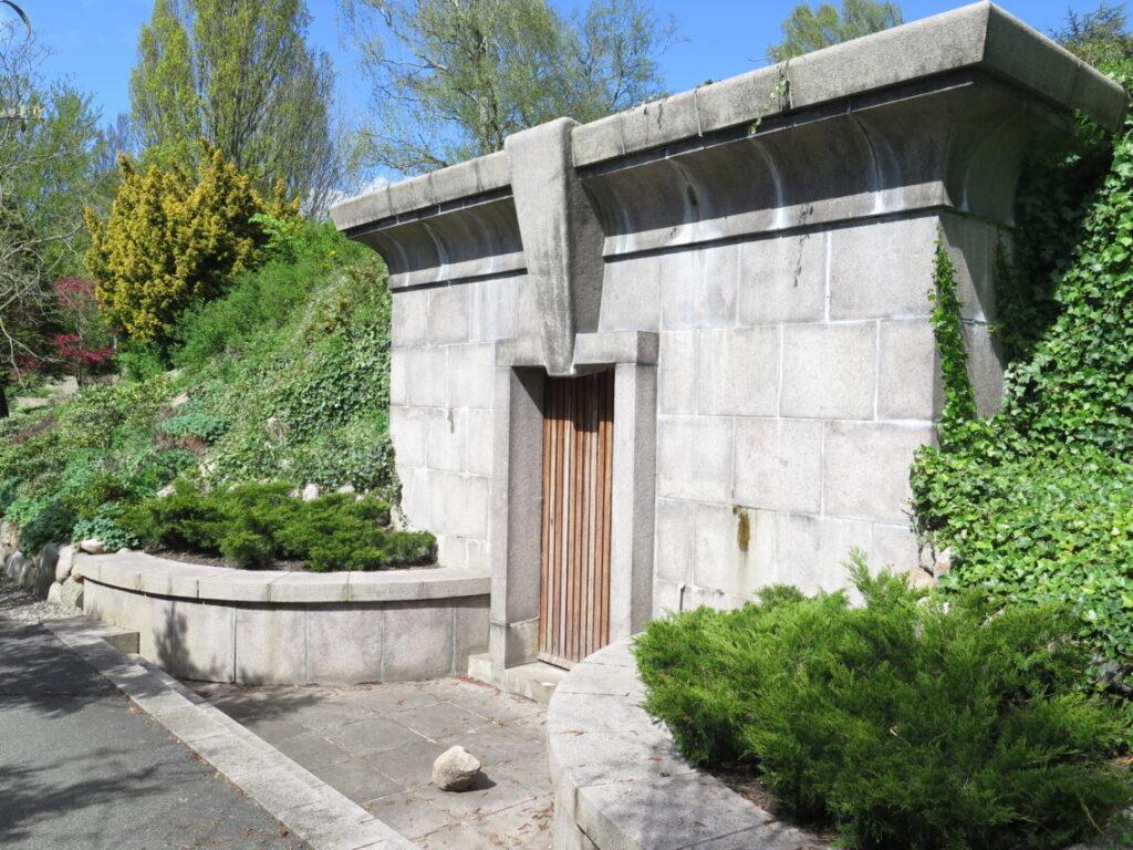 Kristian Kirk er en af de kendte danskere på Nordre Kirkegård